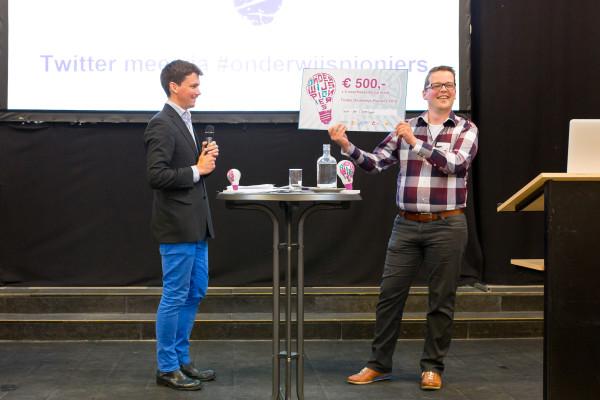 Winnaar Evert-Jan Oppelaar met het initiatief 'De Docent als architect, als chefkok van zijn eigen les'.