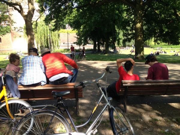 Nino in het park.