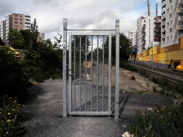 Dit hek houdt niks tegen.