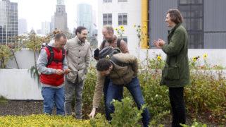 Stadmakers op de Dakakker tijdens Bootcamp Rotterdam van de Challenge Stad. Dit is een van de site-visits tijdens de excursie.