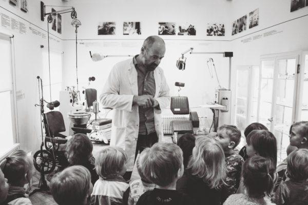 De kennis die leerlingen in musea opdoen, is een waardevolle toevoeging aan het reguliere onderwijs.