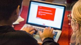Bij het project Amsterdammers, Maak je Stad! maakten we ook gebruik van een online 'check-in' als onderdeel van dynamische evaluatie.