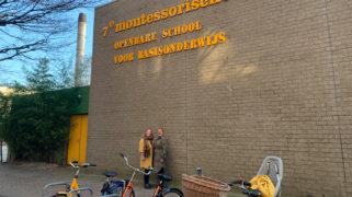 Daniëlle en Wenneke voor hun school