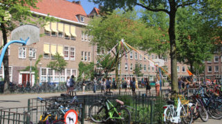 Schoolplein van de Geert Groote School in Amsterdam