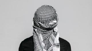 Moslim met hoofddoek